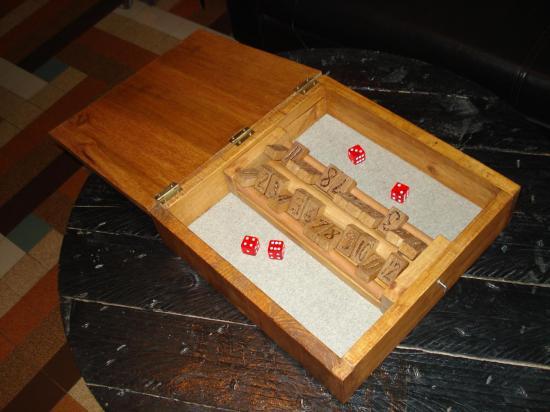Boîte de jeu ouverte